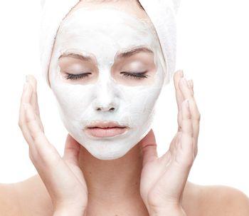 Le nettoyage de peau dermatologique