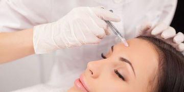 Les différences entre le botox et l'acide hyaluronique