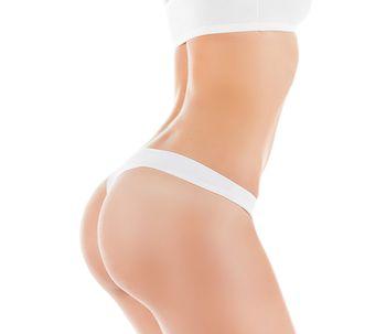Des fesses parfaites avec la glutéoplastie