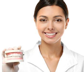 Avantages et inconvénients des prothèses dentaires