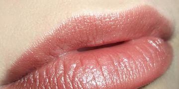 Éliminer la silicone des lèvres : mythe ou réalité ?