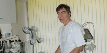 Traitement de veines varicoses par sclerothérapie de la mousse