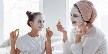 Comment prendre soin de votre peau confiné à la maison ?