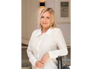 Dr Christelle Santini