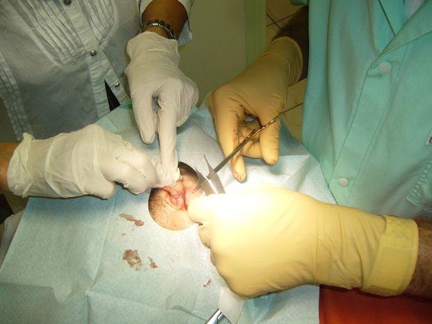 Dr Samson Olivier