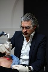 Dr Thierry Lafitte