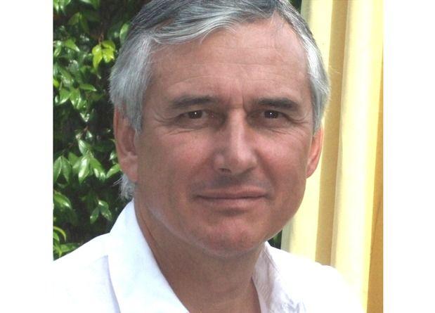 Dr Eric BONAFOS - Chirurgie Esthétique du visage Montpellier
