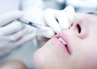 Injection d'Acide Hyaluronique (Fillers)